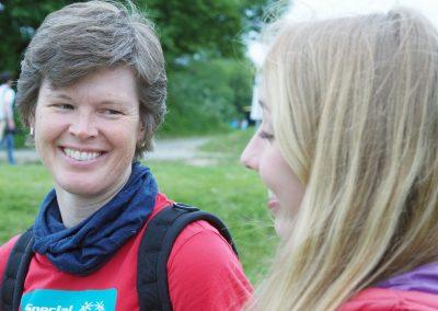 Helferinnen Inga Orlowski und Nele Gerschwitz im Gespräch